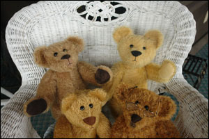 Image of 2 Teddy Bears on a Chair